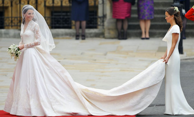 kate middleton hats 2009 kate middleton wedding dress alexander mcqueen. William and Kate Middleton